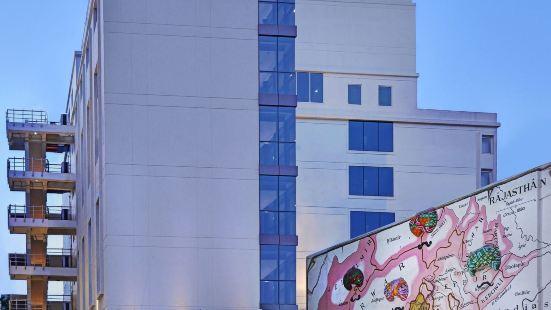 齊普爾尼瓦納酒店 - 薩羅瓦爾酒店
