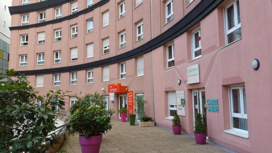 雷洛黑亞德酒店