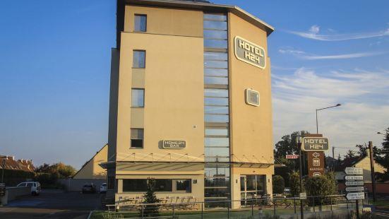 勒芒 H24 酒店
