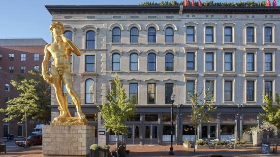 21C博物館路易斯威爾酒店