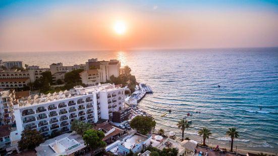 馬爾蒂海灘酒店