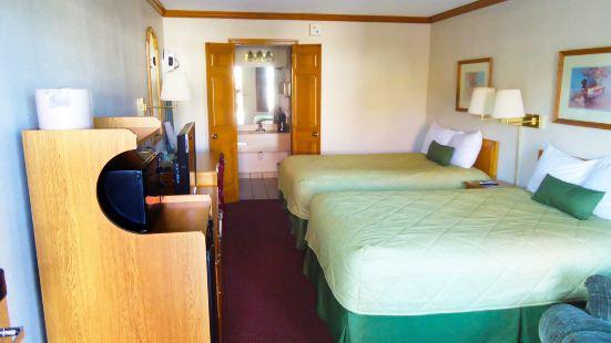 華美達印第安納波利斯西酒店