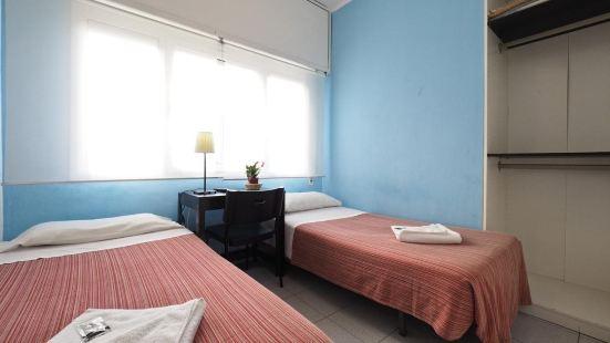 伊堪瑙旅館