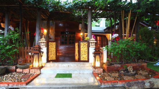 ลานนา พูล วิลล่า