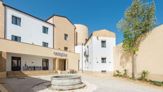 坎普拉斯帕勒莫旅館