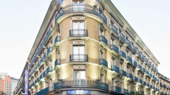 普雷西亞多斯酒店
