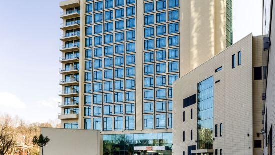 索契中心美居酒店