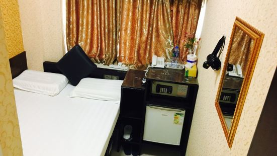 Victoria Hotel