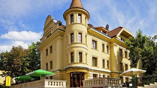 黃金公寓酒店