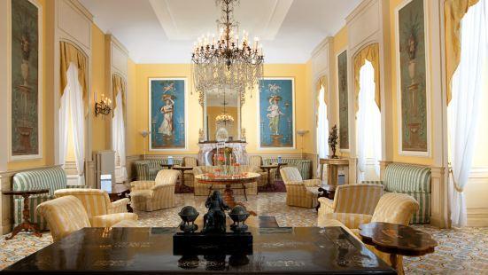 特拉蒙塔諾帝國酒店