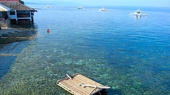 Anthonys Beach Resort