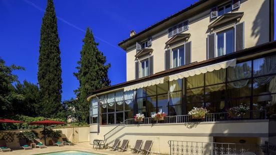 卡爾羅塔別墅酒店