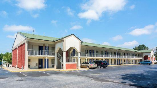 Motel 6-Gainesville, GA