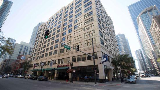 芝加哥市中心希爾頓歡朋旅館&套房酒店