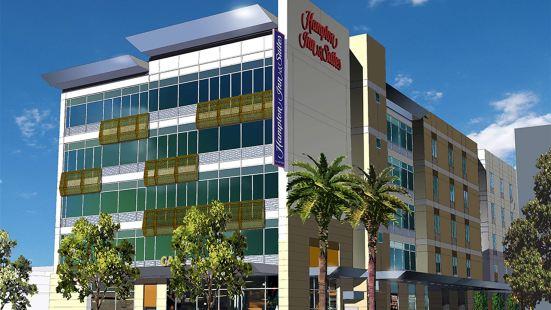 加利福尼亞州洛杉磯/荷里活歡朋酒店及套房