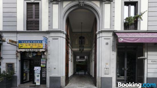 拉夫帕意式公寓