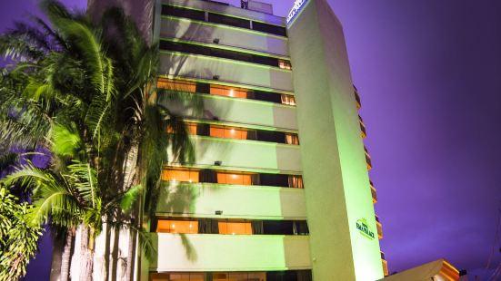 伊瑪宮飯店