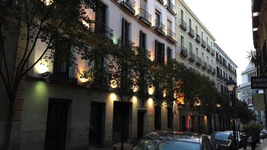 馬德里奧特洛旅館