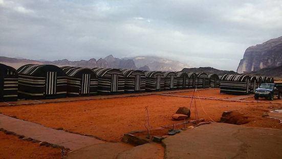 瓦迪拉姆沙漠貝都因人生活酒店