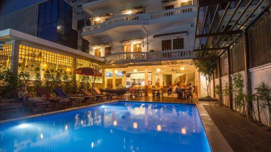 游泳池畔別墅酒店