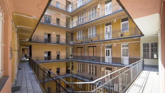柯特茲里爾公寓
