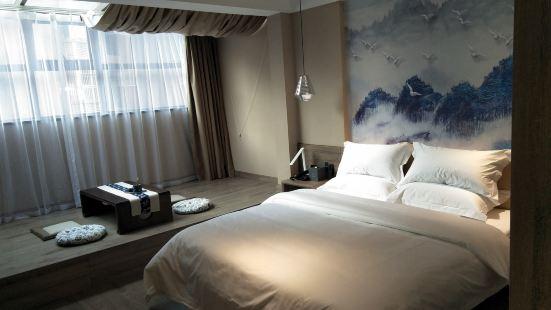 萬源雅朵酒店