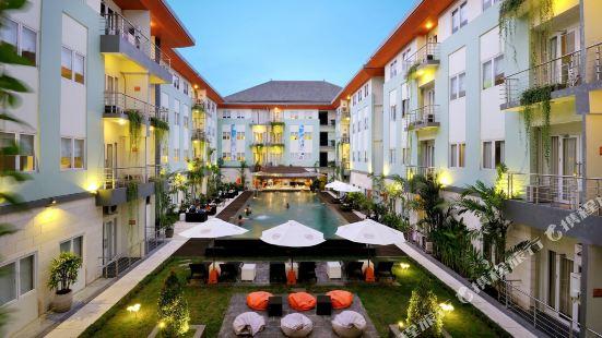 峇里島庫塔河景哈里斯酒店