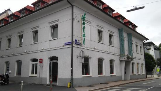 赫耶爾酒店