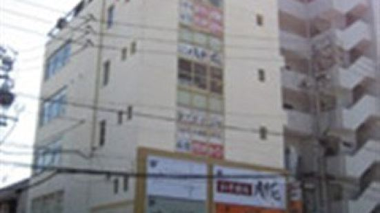 名古屋膠囊小旅館