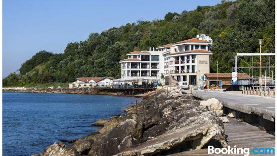 瑞吉娜瑪麗亞温泉設計酒店