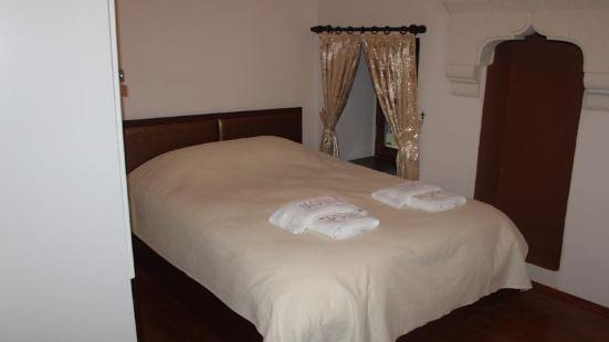 埃迪爾塔山酒店