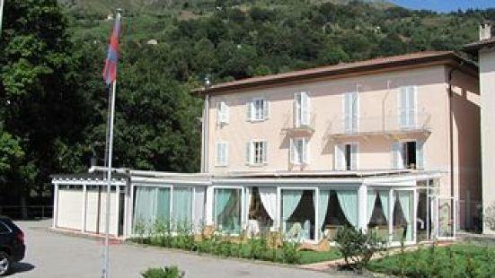 利昂尼祿飯店及餐廳
