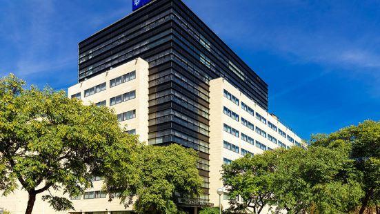 巴塞隆拿瑪麗娜H10酒店