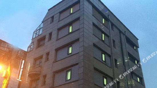 首爾E公寓