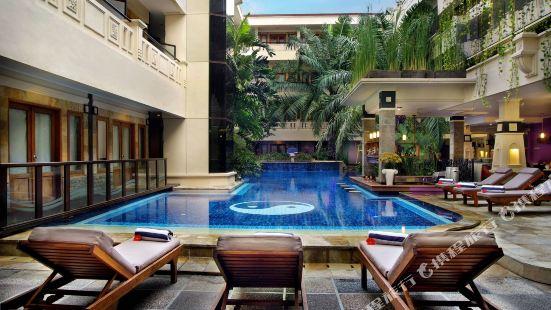 博馬塔庫塔酒店