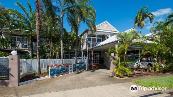 礁石棕櫚汽車旅館公寓
