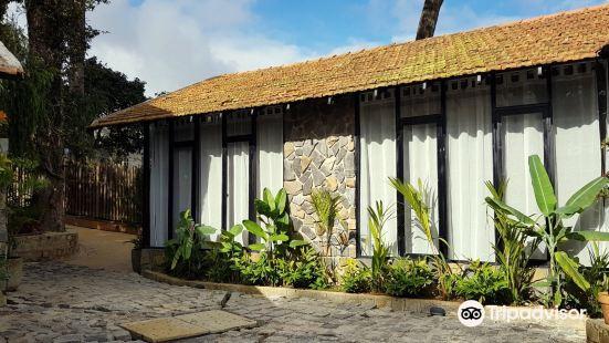 榕樹屋生態酒店